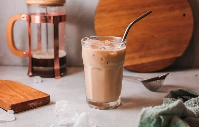 How to Make French Vanilla Iced Coffee